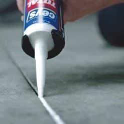 Adhesivo sellador Ceys Total Tech sella